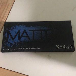 Brand new never used Karity Matte Pallet
